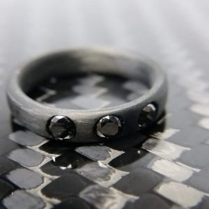 3mm black diamonds