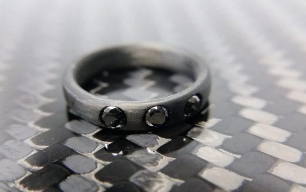 3mm black diamonds